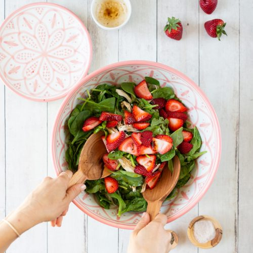 Be-Well-By-Kelly-LeVeque-Strawberry-Spinach-Salad-Recipe-{The-Little-Market} (3)