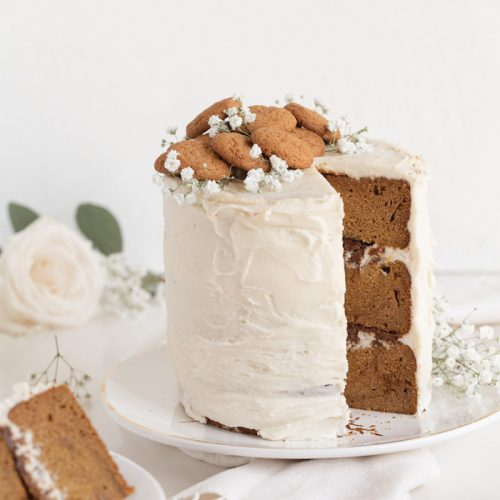 Amanda-Wilens-Pumpkin-Spice-and-Gingersnap-Crumble-Cake | Amanda Wilens for The Little Market